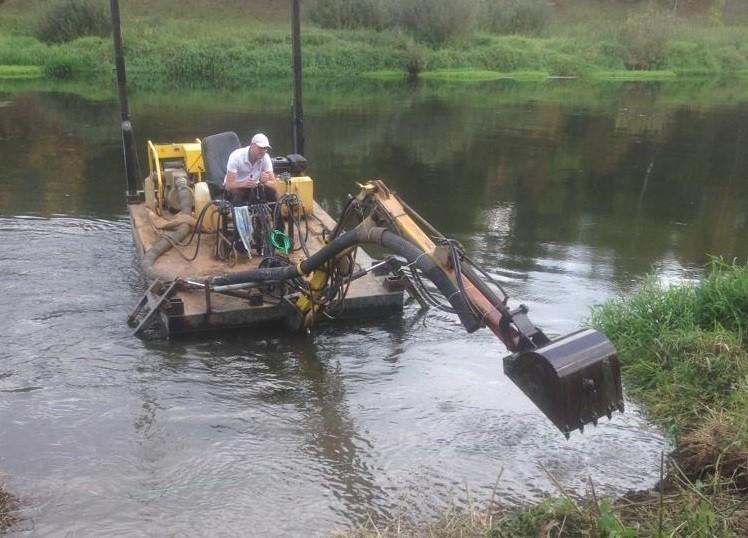 Заказать дно углубление, очистку дна пруда, или дна водоема