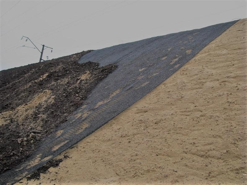 Укрепление берега естественного водоема геоматами, основные преимущества