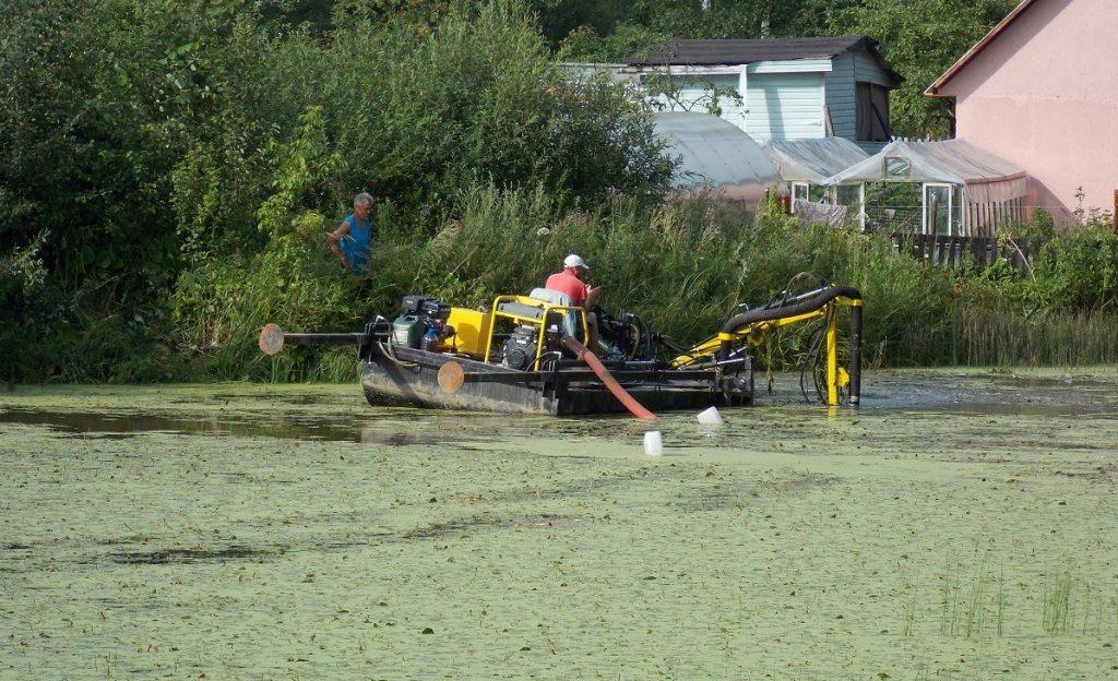 Очистка естественных водоемов цена
